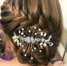 Peinado con tocado araña
